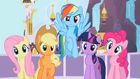 Main 5 staring at Rarity S2E9