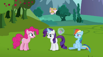 Pinkie Pie arrives S03E10