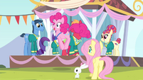 Pinkie Pie hopping while gobbling like a turkey S4E14