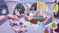 Pony and dragon spa treatment S2E23