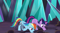 Twilight and Rainbow digging a hole S9E2