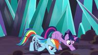 Twilight and Rainbow digging a hole S9E2