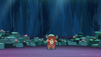 Yona all alone in the Cave of Harmony S9E3