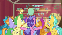 Applejack's class doing trust falls S8E2