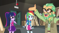 Canter Zoom praising the Equestria Girls EGS2