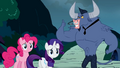 Confused Pinkie and Rarity S2E19.png