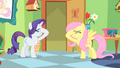 "Fluttershy and Rarity ""stick a cupcake in my eye"" S01E20.png"
