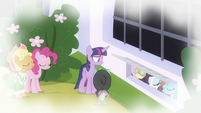 Main ponies agree with Spike in flashback S9E4
