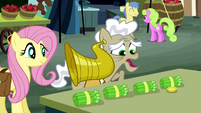 Old pony buying asparagus S2E19
