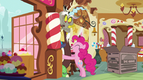 Pinkie invades Discord's personal space S5E7