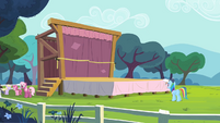 Rainbow Dash and the stage S4E05