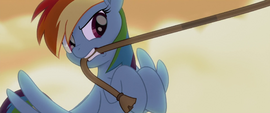 Rainbow grabs the ship's anchoring rope MLPTM