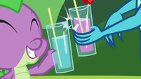 Spike and Princess Ember sharing drinks S8E1