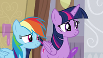 Twilight and Rainbow smile at Young Six S8E16
