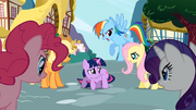 Twilight surrounded S1E03