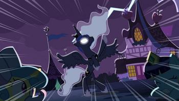640px-Princess Luna -bright and glorious feast!- S02E04