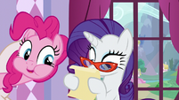 A mouthful Pinkie -What's it say-- S5E14