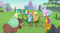 "Applejack ""y'all did it together!"" S8E9"