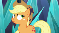 Applejack notices dirt on her hat S9E2