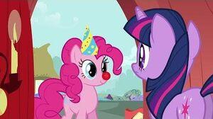 Pinkie Pie's Singing Telegram - Faroese