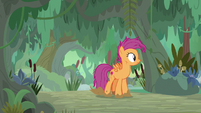 Scootaloo looking for Sweetie Belle S9E22