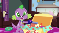 Spike reveals plush paw slippers EGDS28