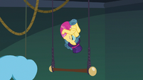 Trapeze star tumbling through the air S6E20