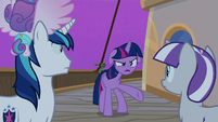 "Twilight Sparkle ""the cruise ponies are happy"" S7E22"