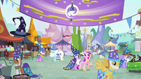 Twilight and Cadance walking together S4E11