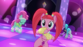 Club ponies dance to DJ Pon-3's beats S6E9.png