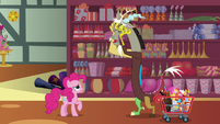 Discord worries over his tea party to Pinkie S7E12