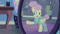 "Fluttershy ""severe but not unapproachable"" S8E4"