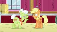 Granny Smith remembering her first apple blight S6E23