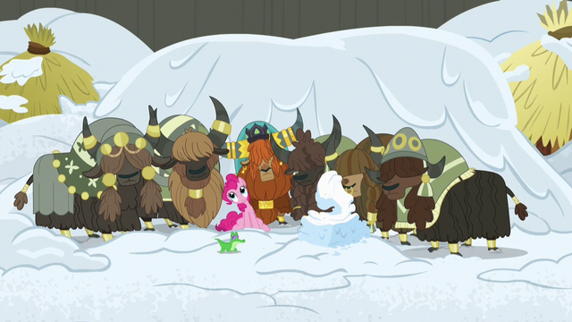 File:Pinkie and yaks sway to nonexistent music S7E11.png
