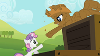 Rarity reaches out to Sweetie Belle S02E05