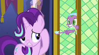 "Spike ""next door on the left!"" S6E1"
