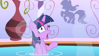 Twilight after poking her eye S1E20