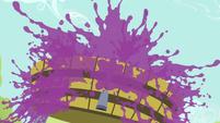 Explosion of grape juice S5E17