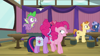 "Pinkie Pie ""my first time ever playing"" S9E16"