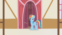 Rainbow Dash shakes her head S1E05