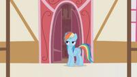 Rainbow Dash shakes her head S1E05