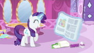 S02E23 Rarity jest podekscytowana nową gazetą