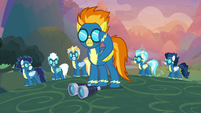 Spitfire and Wonderbolts ready to fly S9E26