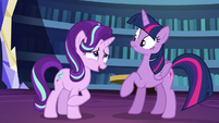 Starlight plays off her nervousness S6E1