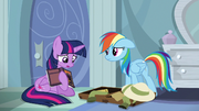 Twilight y Rainbow preocupadas T6E13