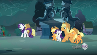Applejack and Rarity switch out S3E5