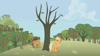 Applejack hitting a dead tree S01E04