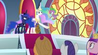"Celestia ""disappearing all across Equestria!"" S8E25"