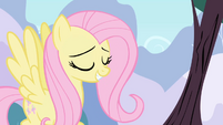 Fluttershy politely asks bird choir to stop S1E01