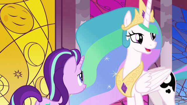 File:Princess Celestia asks where Luna is S7E10.png
